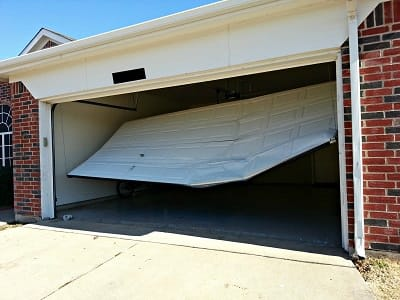 GARAGE DOOR REPAIR AROUND CONROE TX